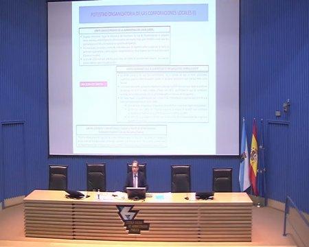 Sesión de clausura do curso superior sobre a nova lexislación administrativa básica(II)